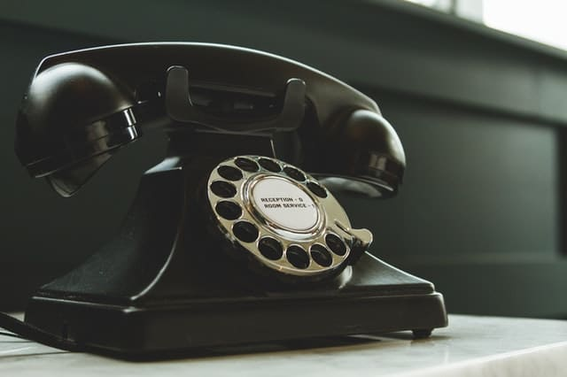 Read more about the article What to Do When a Prospect Hangs Up on You