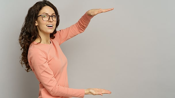 photo of a salesperson using enthusiasm and motion